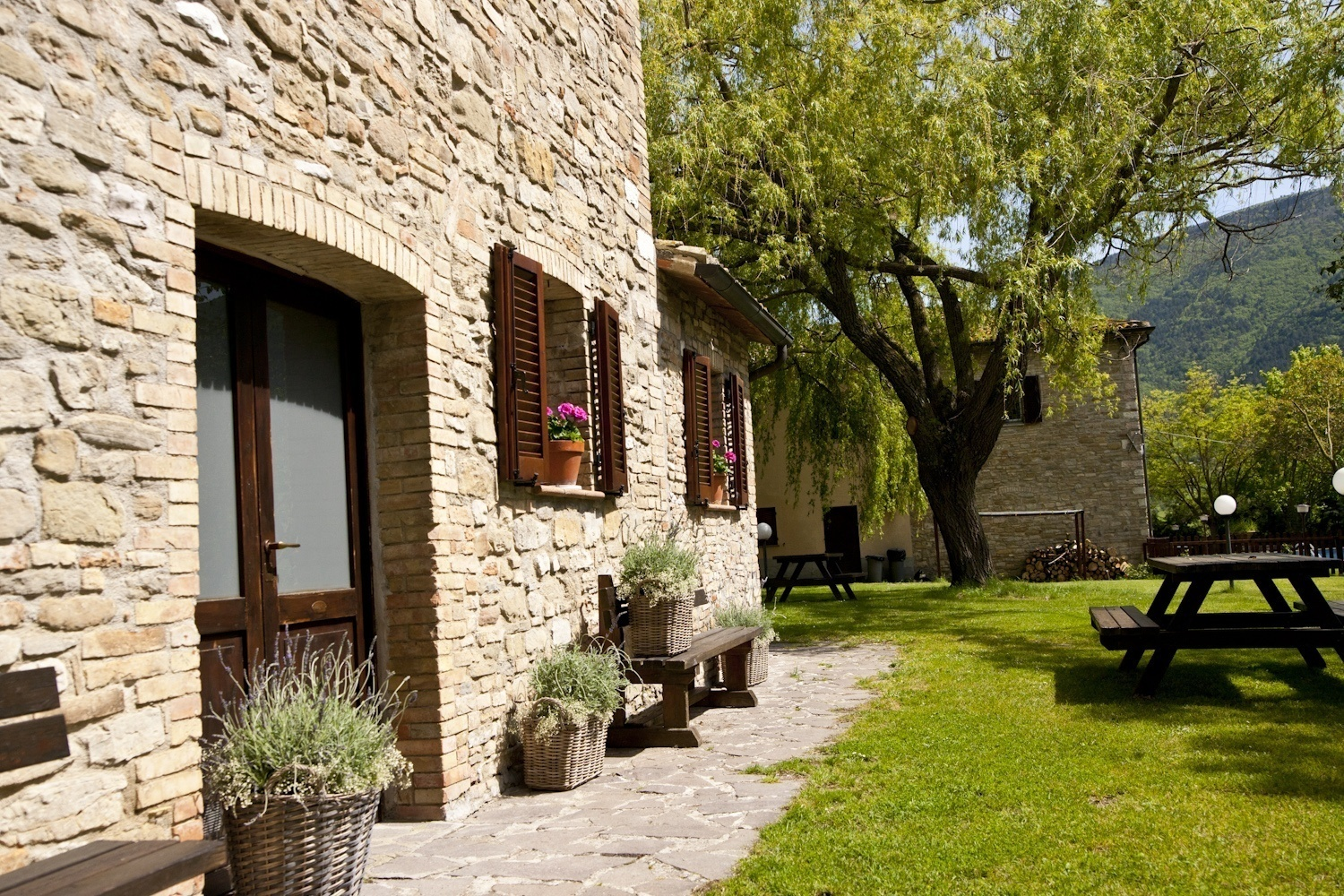 Agriturismo assisi nizzi agriturismo bed and - Agriturismo assisi con piscina ...